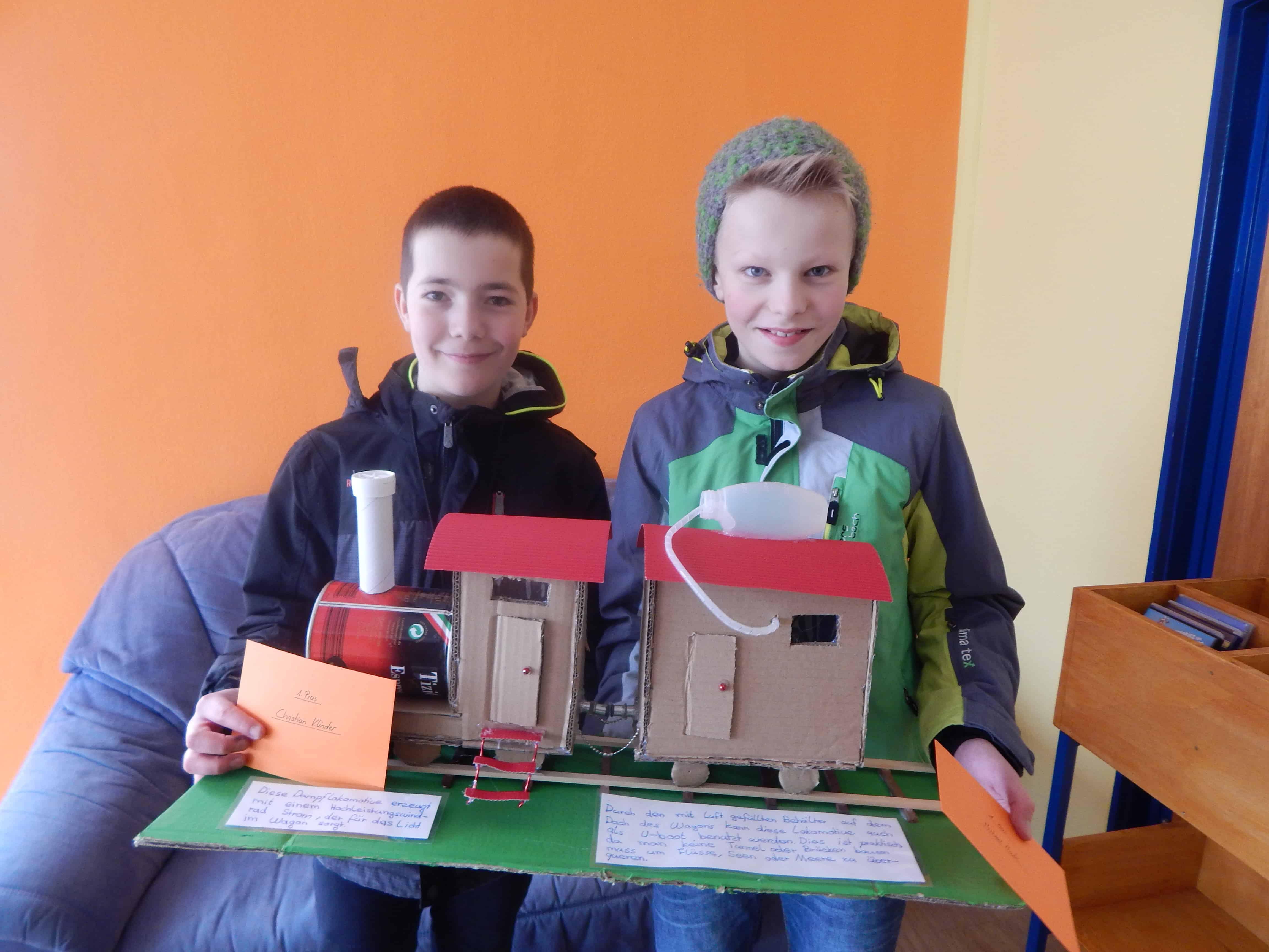 Preisträger des Erfinderwettbewerbs der Schülerbibliothek